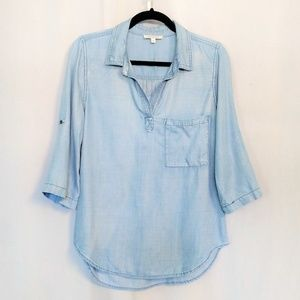 Stitch Fix Skies Are Blue Chambray Top Medium
